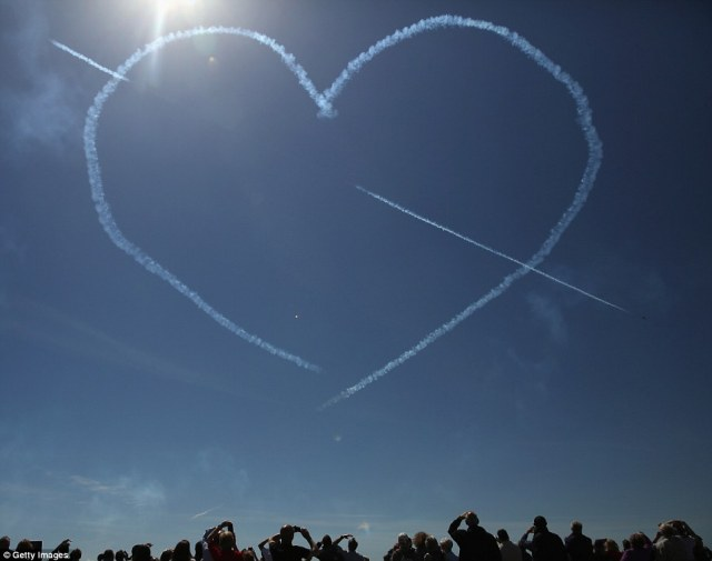 Red Arrows Tribute at Portsmouth.
