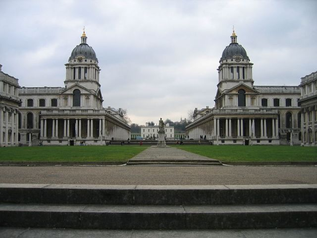 Old Greenwich_Hospital_from_Thames