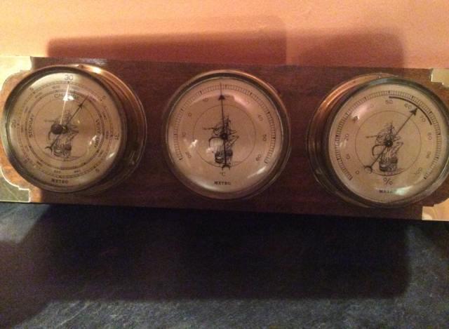 My £5 barometer!