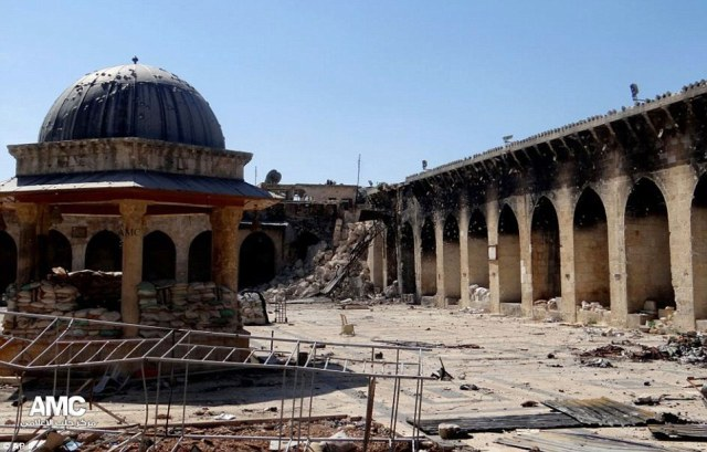 Umayyad Mosque in ruins