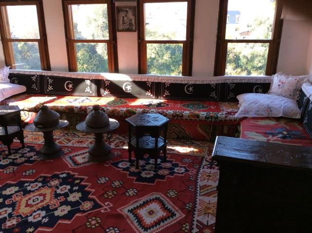 Ottoman summer room