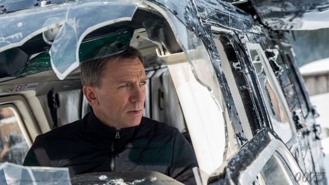 Bond in Helicopter