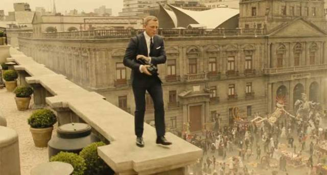 Bond on the loose in Mexico City.