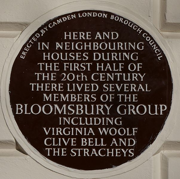 Bloomsbury_Group_51_Gordon_Square_blue_plaque.jpg