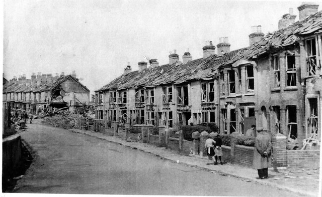 A street in Cowes with 'moderate' bomb damage.