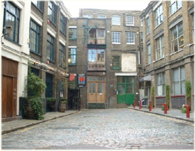 Bleeding Heart Yard a Dickensian location if ever there was one.