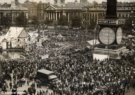 Armistice Day 1918 London