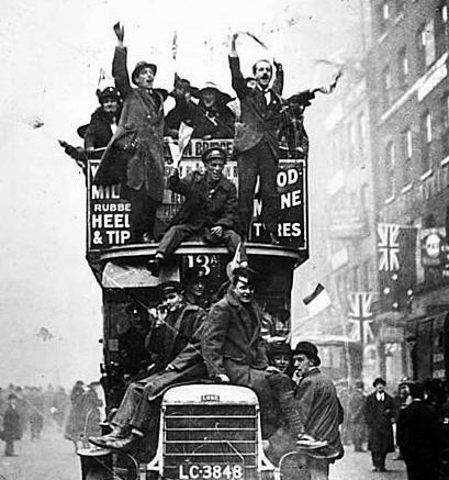 armistice_bus