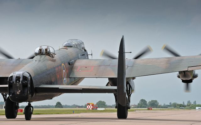 Avro Lancaster PA474 carrying 800,000 poppies, taking off from RAF Coningsby on 28 June 2012 for the opening ceremony Photo: SAC Graham Taylor/MOD