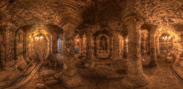 Thomas-Herberts-Columns-Cave