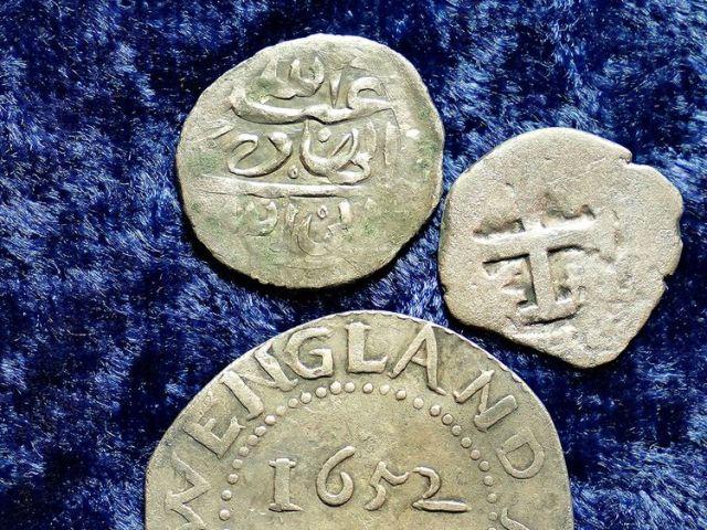 Arabian-silver-coin_178910e5d26_large